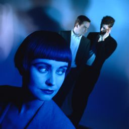 Swing Out Sister - whisper in blue